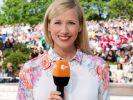 """Andrea Kiewel präsentiert am 25.09.2016 den letzten """"ZDF-Fernsehgarten"""" der Saison. (Foto)"""