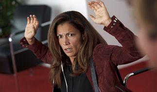 Sonderermittlerin Kerstin Holm (Malin Arvidsson) wird bei einem Banküberfall als Geisel genommen. (Foto)