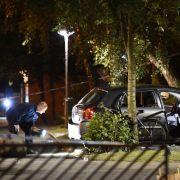 Vermummte Moped-Killer eröffnen Feuer auf Auto (Foto)
