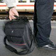 Tatort Zugfahrt - Diebesbanden beklauen zunehmend Bahnkunden (Foto)