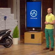 E-Mobilität ist ein wichtiges Zukunftsthema. Doch nicht immer ist die richtige Ladestation griffbereit, sodass es an Komfort mangelt... Das willAndreas Felsl (40) ändern, indem er private Haushalte mit einer eigenen Ladestation ausstattet.