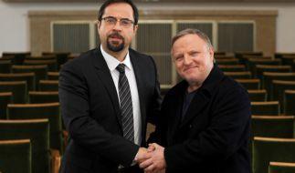 Jan Josef Liefers (li. als Prof. Karl Friedrich Boerne) und Axel Prahl (r. als Kommissar Frank Thiel). (Foto)