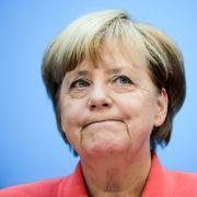 Ihre Werte stürzen ab! Die Deutschen wollen Merkel abwählen (Foto)