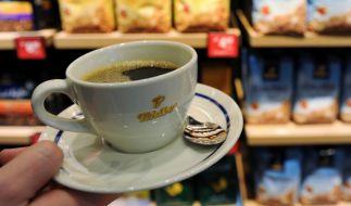Tchibo verkauft längst mehr als nur Kaffee, unter anderem auch Kleidung, Spielzeug oder Küchenzubehör. (Foto)