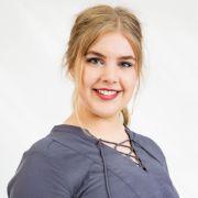 Feenja aus Schwerin ist mit ihren 17 Jahren das Küken unter den Kandidatinnen und geht noch zur Schule.