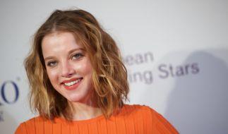 Jella Haase hat gut lachen: Mit gerade mal 23 Jahren hat sie bereits eine beachtliche Schauspielkarriere hingelegt. (Foto)