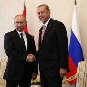Putin besucht Erdogan in Istanbul (Foto)