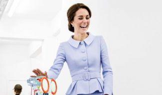 Herzogin Kate (34) hat in Rotterdam allen Grund zum Strahlen: Dieser kleine Roboter schlich sich bei dem Besuch von Kate Middleton sofort in das Herz der royalen Besucherin. (Foto)