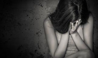 Ein Mann hat in Australien seine Tochter und Stieftochter vergwaltigt. (Symbolbild) (Foto)