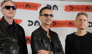 """Depeche Mode sind wieder da! Die Mannen um Dave Gahan (Mitte) gehen 2017 auf große """"Global Spirit""""-Welttournee. (Foto)"""