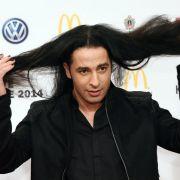 """Riesen-Macho! Für den Comedian ist Kindererziehung """"Frauensache"""" (Foto)"""