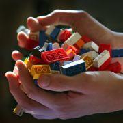Tödlicher Spiel-Spaß: Junge (3) erstickt an Lego (Foto)