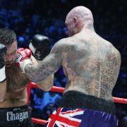 Nun kämpft Klitschko gegen Lucas Browne (r.) um den WBA-Titel in Hamburg.