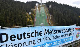 Vom Freitag bis Sonntag findet die Deutsche Meisterschaft im Skispringen und Nordischer Kombination statt. (Foto)