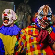 Attacken der Grusel-Clowns fordern erstes Opfer (Foto)