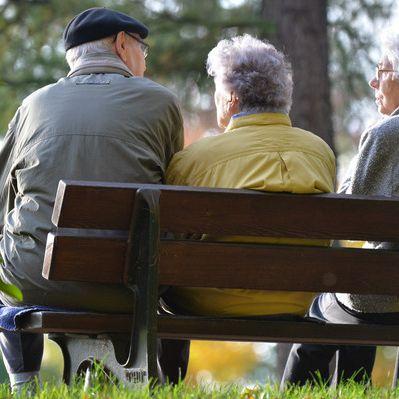 DESHALB kriegen Ost-Rentner mehr Geld (Foto)