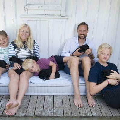 Haar-Schock! Mette-Marits Sohn plötzlich total verändert (Foto)