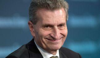 Mit flapsigen Bemerkungen eckt der der deutsche EU-Kommissar Oettinger an - wieder einmal. (Foto)