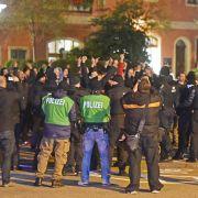 Erneut Konfrontation zwischen Rechten und Asylbewerbern (Foto)