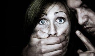 Frauen können sich vor Übergriffen schützen. Doch dafür ist Übung notwendig. (Foto)