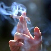 Zigarette lässt Gas-Auto explodieren (Foto)