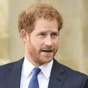 Nanu! Fährt Prinz Harry etwa zweigleisig? (Foto)