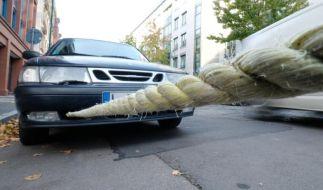 Beim Abschleppen sollte man immer darauf achten, dass das Seil ausreichend gespannt ist. (Foto)