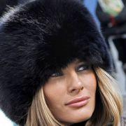 Melania Trump 2007 bei der Mercedes Benz Fashion Week in New York. Auch hier demonstriert sie ihr Faible für Pelz deutlich.