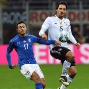Pfiffe gegen Müller, aber junges DFB-Team besteht Härtetest in Italien (Foto)