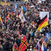 DAS denken Deutsche wirklich über den Islam, Eliten und Flüchtlinge (Foto)