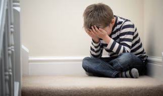 Zwei Väter haben ihre eigenen Söhne missbraucht - und zum Tausch angeboten. (Symbolbild) (Foto)