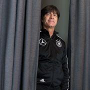 Mit DIESER Frau verbringt unser Bundestrainer Weihnachten (Foto)