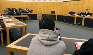 Drei Jugendliche stehen wegen versuchten Mordes vor Gericht. (Foto)