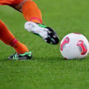 Hertha schlägt Mainz! Schalke siegt gegen Darmstadt (Foto)