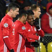 Hoeneß bejubelt FCB-Sieg - 2:1 gegen Leverkusen (Foto)
