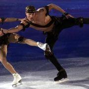 Nazi-Schock! Frau von Putin-Sprecher tanzt in KZ-Kostüm (Foto)