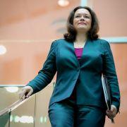 """""""Unvorstellbar"""": Rentenausgaben steigen um halbe Billion Euro (Foto)"""