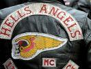 """Ein Totenkopf mit Flügeln ziert die Jacken der """"Hells Angels""""-Mitglieder. (Foto)"""