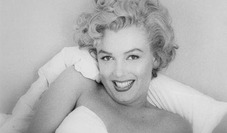 """Marilyn Monroe gilt als die Mutter aller Pin-Ups - am 1. Dezember 1953 war das blonde Sexsymbol das erste Centerfold in der Geschichte des """"Playboy"""". (Foto)"""