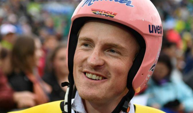 Auf Skispringer Severin Freund kann das deutsche Team bauen. Nach einer schweren Hüft-OP im Sommer kam der Olympiasieger beim diesjährigen Weltcup-Auftakt gleich mit einem Sieg zurück.