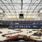Simon Schempp und Vanessa Hinz gewinnen Schalker Biathlon (Foto)