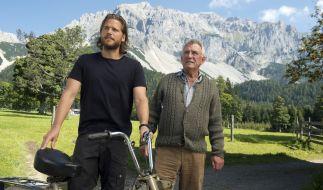 Markus Kofler (Sebastian Ströbel, l.) und Franz Marthaler (Heinz Marecek, r.) sind verdutzt. (Foto)
