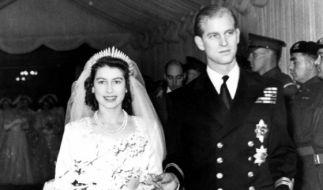 Kronprinzessin Elisabeth und Prinz Philip bei ihrer Hochzeit 1947. (Foto)