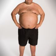 Der 49-jährige Alfonso wiegt 165,3 Kilo und trauert seinen vertanen Chancen nach. Deswegen sagt er den Pfunden nun den Kampf an.