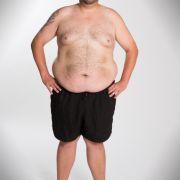 Lukas (31) bringt 160,5 kg Kampfgewicht auf die Waage. Er möchte seinem Sohn zuliebe abnehmen.