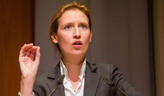 AfD-Frau Alice Weidel teilte bei Sandra Maischberger mächtig aus. (Foto)