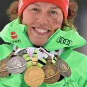 Biathletin Laura Dahlmeier vom SC Partenkirchen ist dekoriert mit sieben WM-Medaillen und möchte sich in dieser Saison endlich auch den Gesamtweltcup sichern.