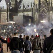 Sex-Mob-Täter kämpft gegen Abschiebung (Foto)