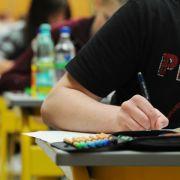 Zu viele Einsen! Lehrerverband kritisiert Notenvergabe (Foto)