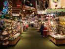 Auf 8000 Quadratmetern können die Kunden Weihnachtsdeko shoppen. (Foto)